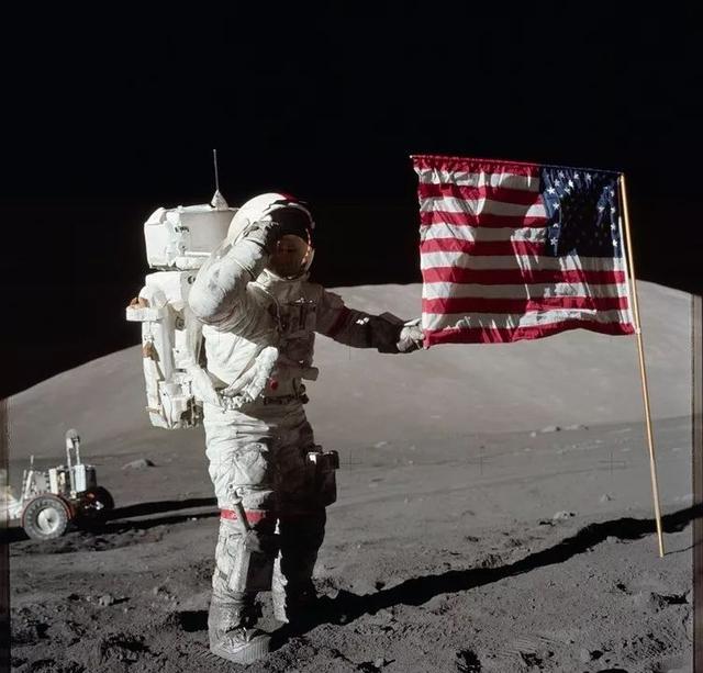 《登月第一人》讓人類登月真假再掀質疑,人類到底登上過月球嗎 - 每日頭條
