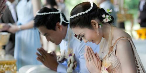 怎樣給自己一個傳統唯美充滿祝福的泰式婚禮 - 每日頭條