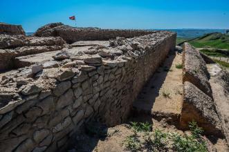 華夏史前最大城址——石峁古城遺址 - 每日頭條