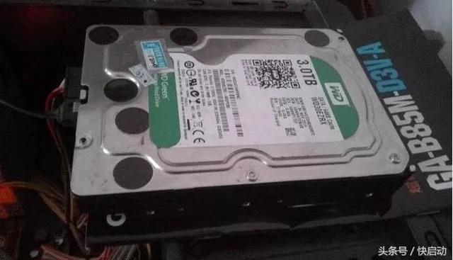 2TB以上硬碟如何裝到電腦上?可惜現在才知道! - 每日頭條