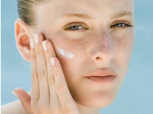 臉上的斑點如何祛除——皮秒祛斑? - 每日頭條