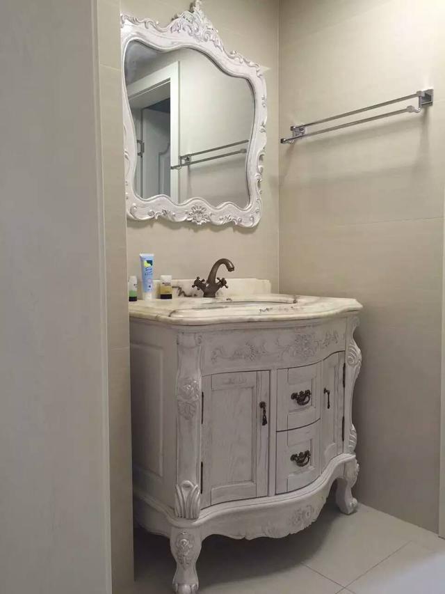 橡木浴室櫃真的防水嗎? - 每日頭條