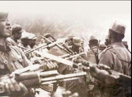 1962年中印邊境對峙:兩國士兵刺刀相向 - 每日頭條