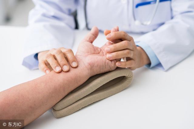 心跳和脈搏的關係是怎樣的?出現不一致時。或是疾病預兆 - 每日頭條