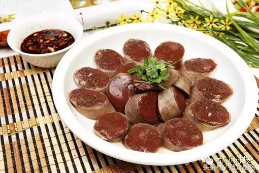 咱雲南是這樣吃殺豬飯的,有些你愛吃,有些你不一定敢吃! - 每日頭條
