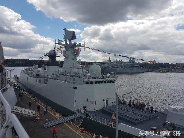 中俄海軍最強護衛艦對比,憑這一利器不輸俄22350型 - 每日頭條