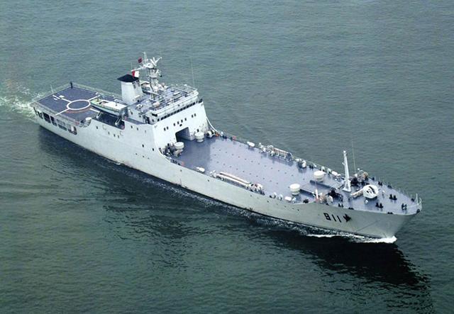 中國海軍裝備一覽 對比美軍如何 - 每日頭條