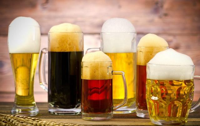 世界上喝啤酒最多的10個國家。我們國家是喝白的比他們厲害多了 - 每日頭條