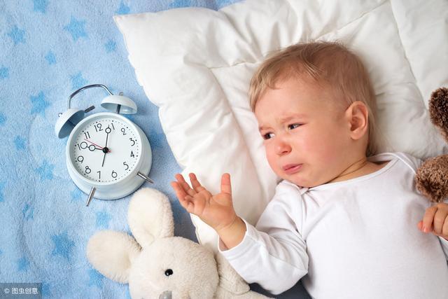 寶寶睡覺時媽媽陪著就能睡很久,不陪就秒醒,孩子有特異功能嗎 - 每日頭條