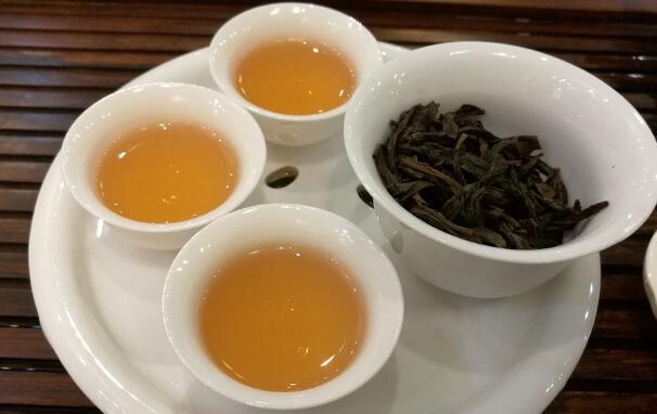 「減肥飲品」烏龍茶(青茶)有哪些品種?一般多少錢一斤? - 每日頭條