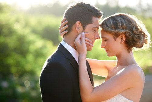 兩性心理:婚姻幸福與男女年齡有關係嗎 - 每日頭條