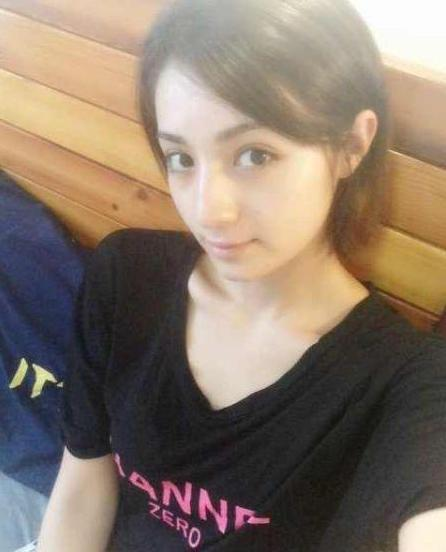 她和古力娜扎都是維吾爾族當紅女星,兩人誰最美? - 每日頭條
