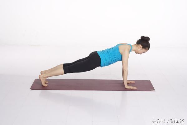 骨盆前傾的自我矯正方法,告別塌腰翹臀的不良體態 - 每日頭條