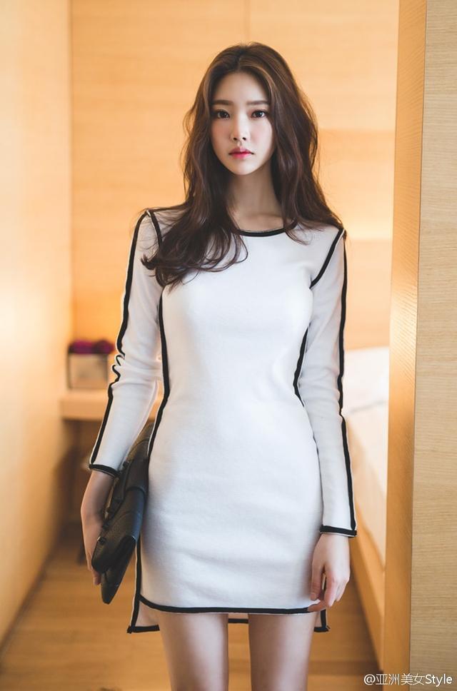 攝影:美女因工作出差住酒店 白色裝束搭配更顯職場女性 - 每日頭條