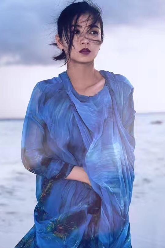 深谷幽蘭堪比梅艷芳,氣質時尚又高雅:李蓓蕾 - 每日頭條