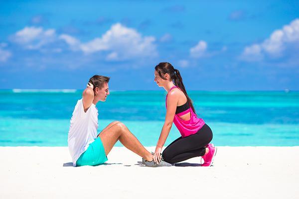 減肥達人解讀:卷腹、舉腿、V字起哪種最虐腹? - 每日頭條