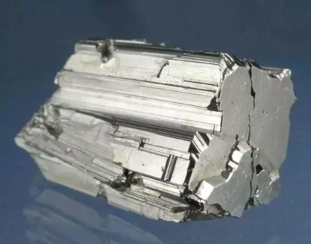 你不了解的礦石礦物——年論礦 - 每日頭條