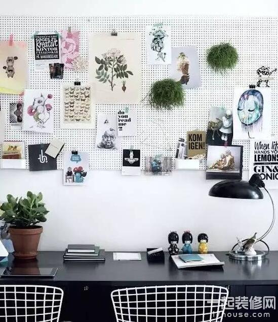 kitchen pegboard farm tables 安利一下歐美最潮的牆面收納板 每日頭條 以白色的小釘板為例