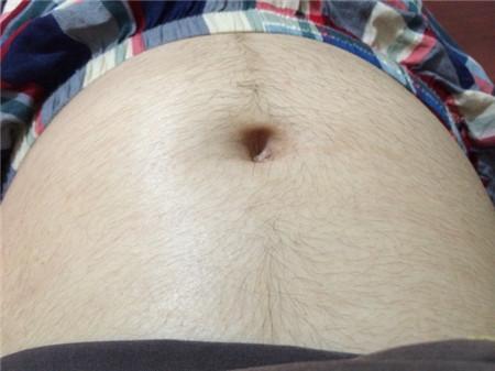 懷孕後肚皮上長很多毛毛是怎麼回事?產後會不會自動消失呢? - 每日頭條