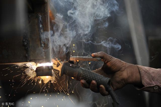 焊工防塵口罩哪種好?——清塵之道告訴您 - 每日頭條