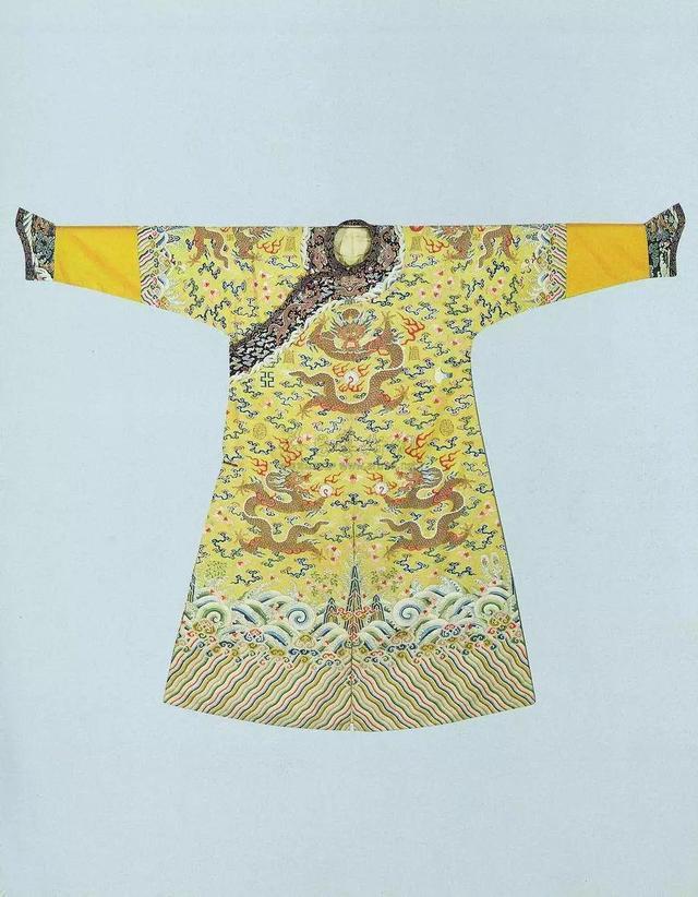乾隆皇帝龍袍今日被拍賣 - 每日頭條
