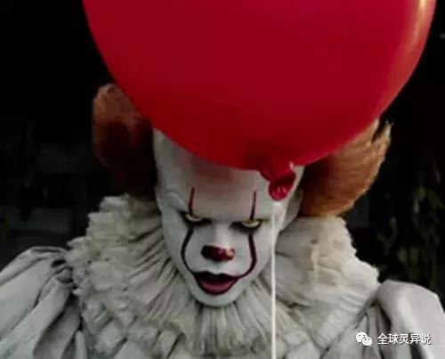 恐怖片:《小丑回魂》魔咒般的回魂夜虐殺全村兒童 - 每日頭條