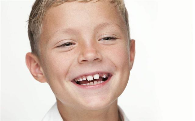 水牙線的危害你要知,如何正確使用沖牙器 - 每日頭條