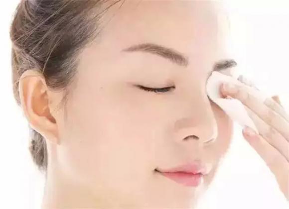 化妝會導致皮膚變差嗎?其實只是你不懂卸妝! - 每日頭條