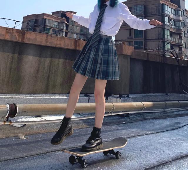 穿搭 | 今天你滑板了嗎? - 每日頭條