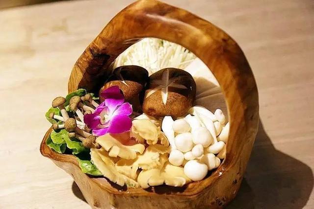 鳳凰投胎 清朝皇妃吃的美食盡在蝦王李 - 每日頭條