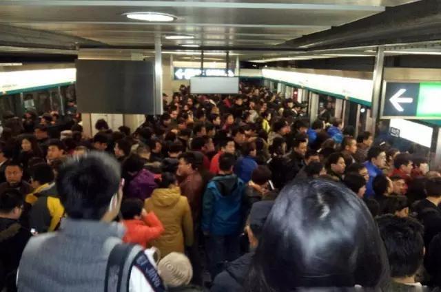 在上海上班、下班是一種怎樣的體驗?!多麼痛的領悟! - 每日頭條