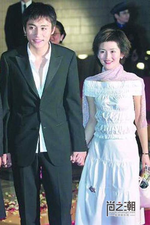 謝娜結婚劉燁為何哭 探秘兩人分手的真正原因 - 每日頭條
