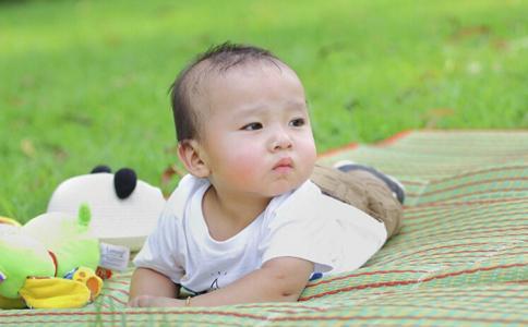 夏季寶寶長痱子 中醫治療有偏方 - 每日頭條