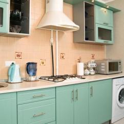1950s Kitchen Table Bosch Sinks 带你走进1950年代的厨房通道 每日头条 例如 1950年代是粉彩装饰的缩影 厨房尤其是穿着素色的颜色从上到下 一种温柔但动态感觉 你仍然可以看到典型的复古的美国餐厅 但是即使那些时代已经过去了