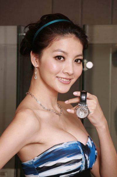 臺灣迷奸案女星吳亞馨復出 盤點曾遭迷奸的女星 - 每日頭條