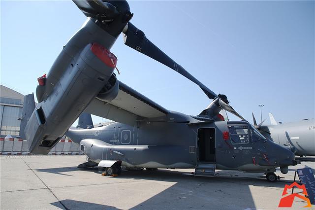 固定翼和直升機的混血兒 美國空軍版魚鷹現身航展 - 每日頭條
