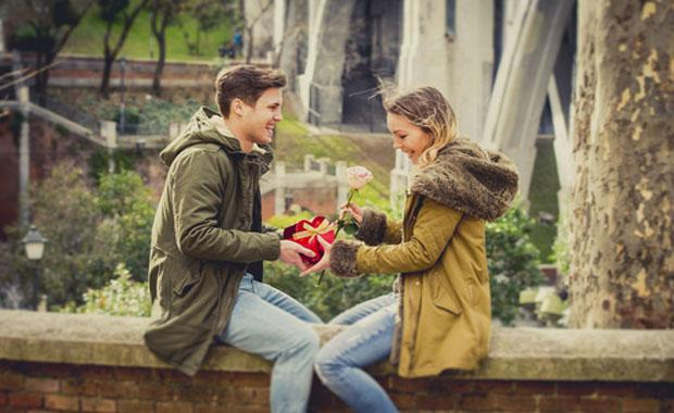 8種微妙感覺 表明愛得夠深 - 每日頭條