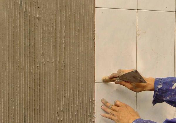 貼磚時用瓷磚膠好還是水泥好?哪個成本低? - 每日頭條