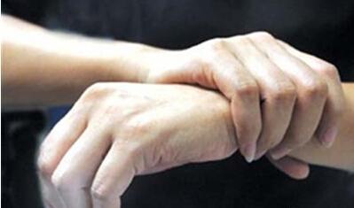手指麻木是哪些疾病的徵兆? - 每日頭條