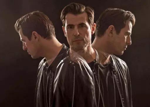 BBC開年大劇《德古拉》第一集就炸了。網友:《神探夏洛克》呢? - 每日頭條