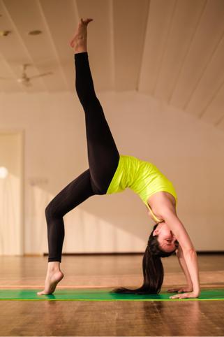 堅持練瑜伽對女生有什麼好處? - 每日頭條