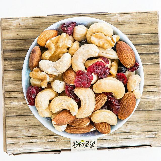 堅果類食物都有哪些好處其作用跟功效有那些都知道嗎? - 每日頭條