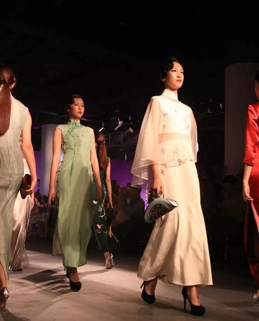 這個姑蘇美人。將中國的綾羅綢緞帶到了國際米蘭 - 每日頭條