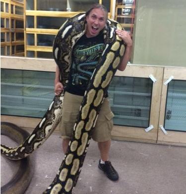 亞洲最大的蛇「網紋蟒」 - 每日頭條