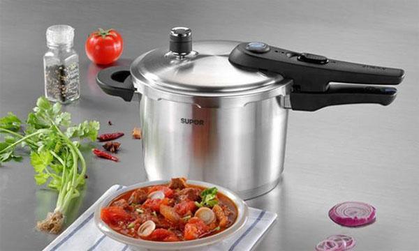 普通高壓鍋和電高壓鍋哪個好用?區別在哪? - 每日頭條