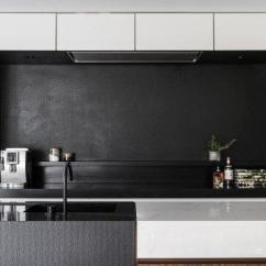 Travertine Kitchen Backsplash Stainless Steel Kitchens 70年代传统厨房浴室大改造 极简主义者的最爱 每日头条 28860000r84388rp1s3o Jpg