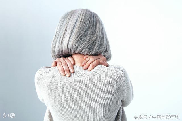 正確了解頸椎病。與其接受長期繁瑣的治療。不如防患於未然 - 每日頭條