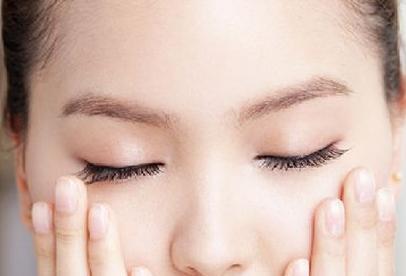 皮膚乾燥缺什麼維生素? - 每日頭條
