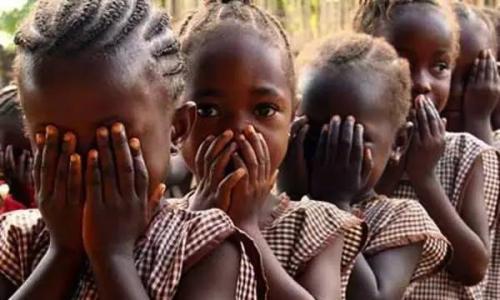 非洲割禮的消退,落後部落不想看到這些圖片! - 每日頭條