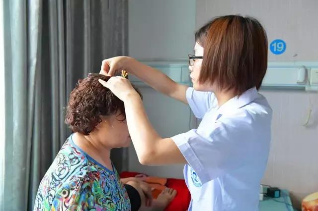 陳翔耳朵失聰登上熱搜,專家表示可治療 - 每日頭條